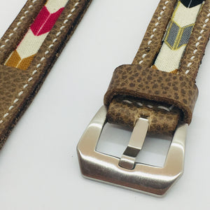 47Ronin#085 Tan brown calf leather watch strap with Arrow Japanese print fabric (20mm, White stitches)