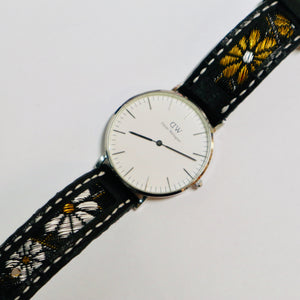47Ronin#028 Leather watch strap with Tatamiberi fabric (18mm, white stitches)