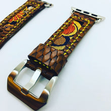 Load image into Gallery viewer, 47Ronin#093 Chocolate brown calf leather with reptile print (20mm, yellow stitches)