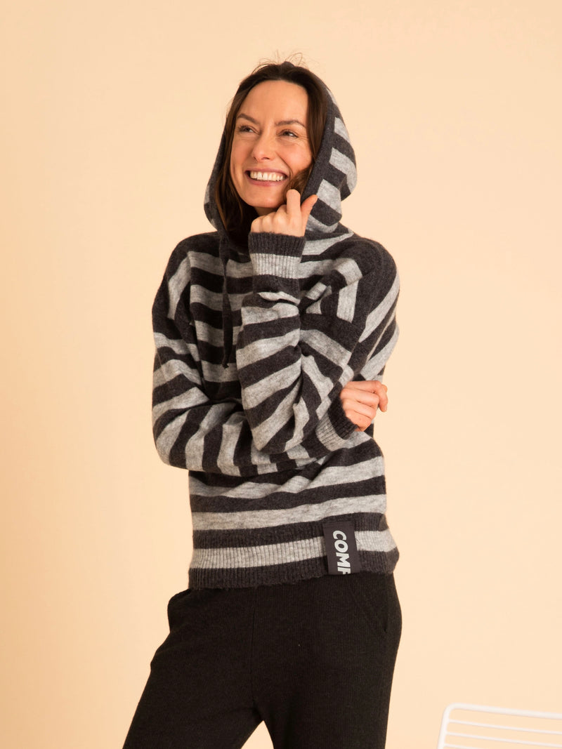 Comfy Copenhagen ApS Everlasting Love Knit Grey Stripe