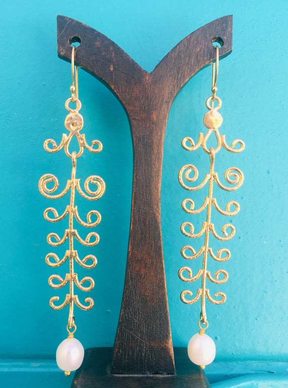 Chandelier Earrings with Freshwater Pearl