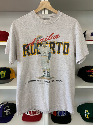 Vintage 90's Roberto Clemente Pittsburgh Pirates Shirt - M