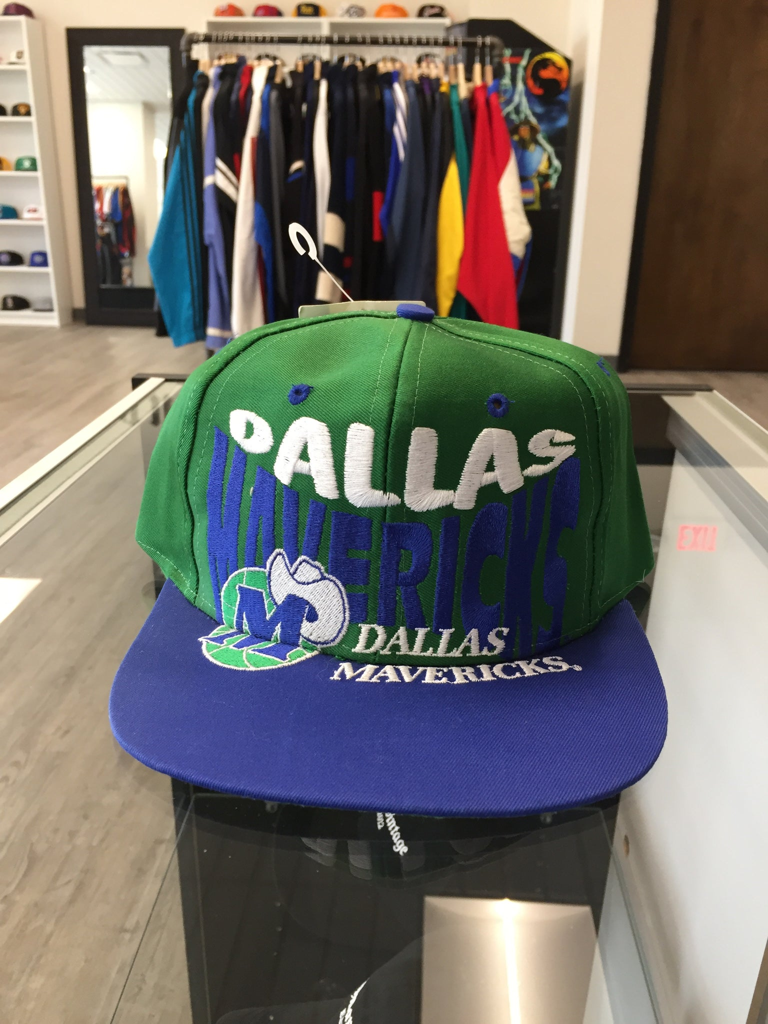 Vintage Dallas Mavericks Snapback Hat