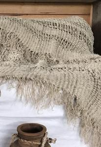 Faith Linen Throw