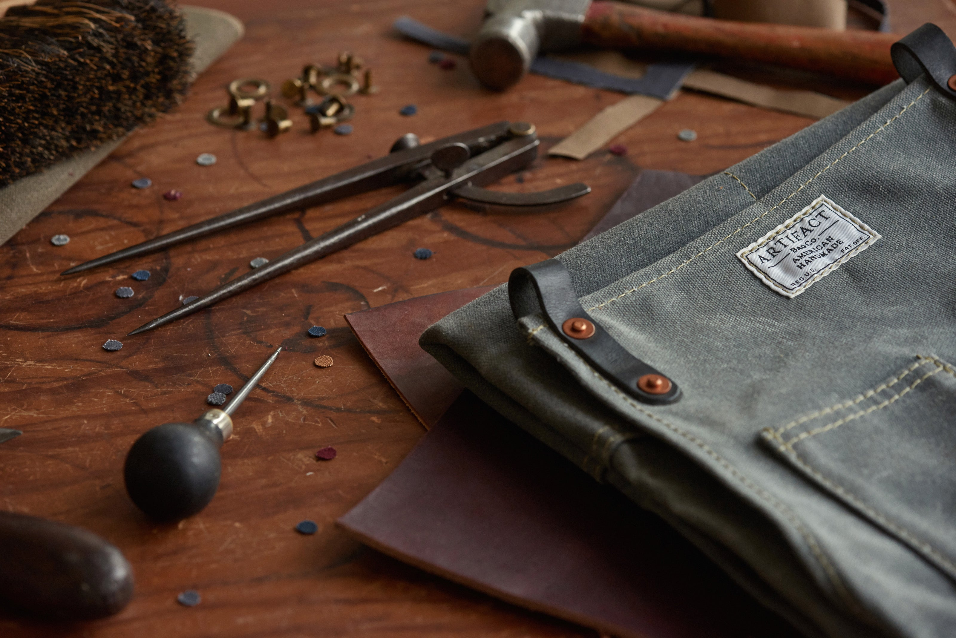 ARTIFACT Leather Strap Aprons