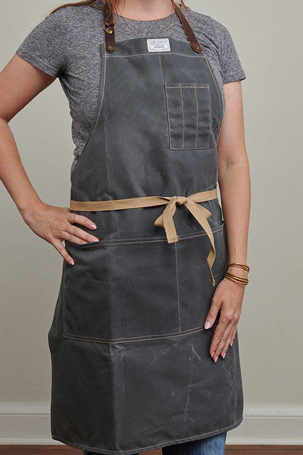 448H slate wax canvas cotton apron - female front