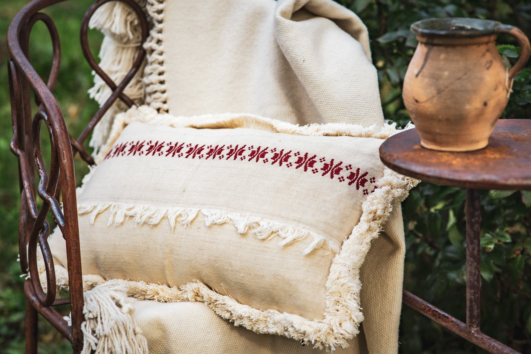 Pillow: Embroidered antique handwoven Hungarian hemp - P072