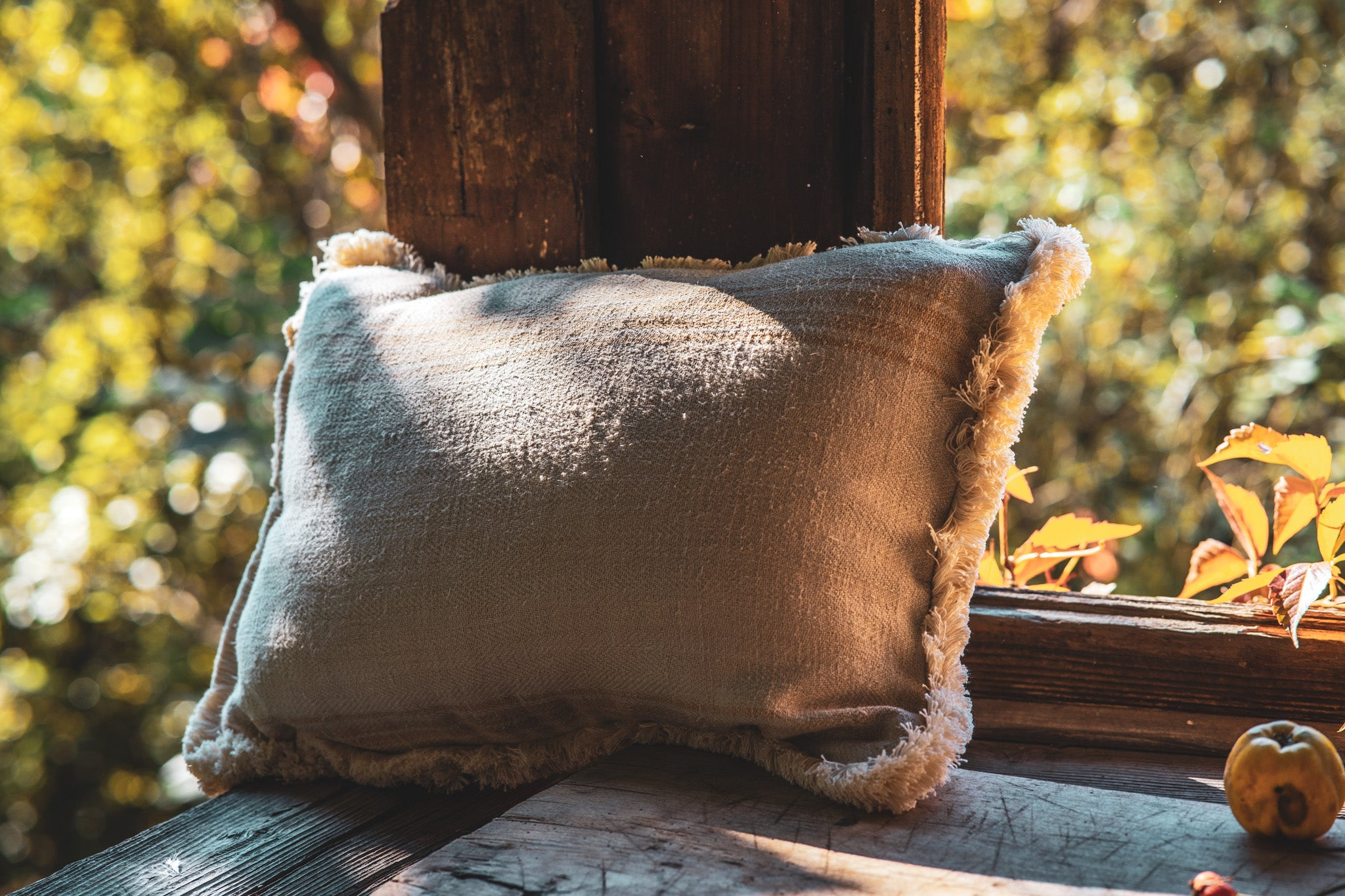 Pillow: Grain sack handwoven Hungarian hemp - P183