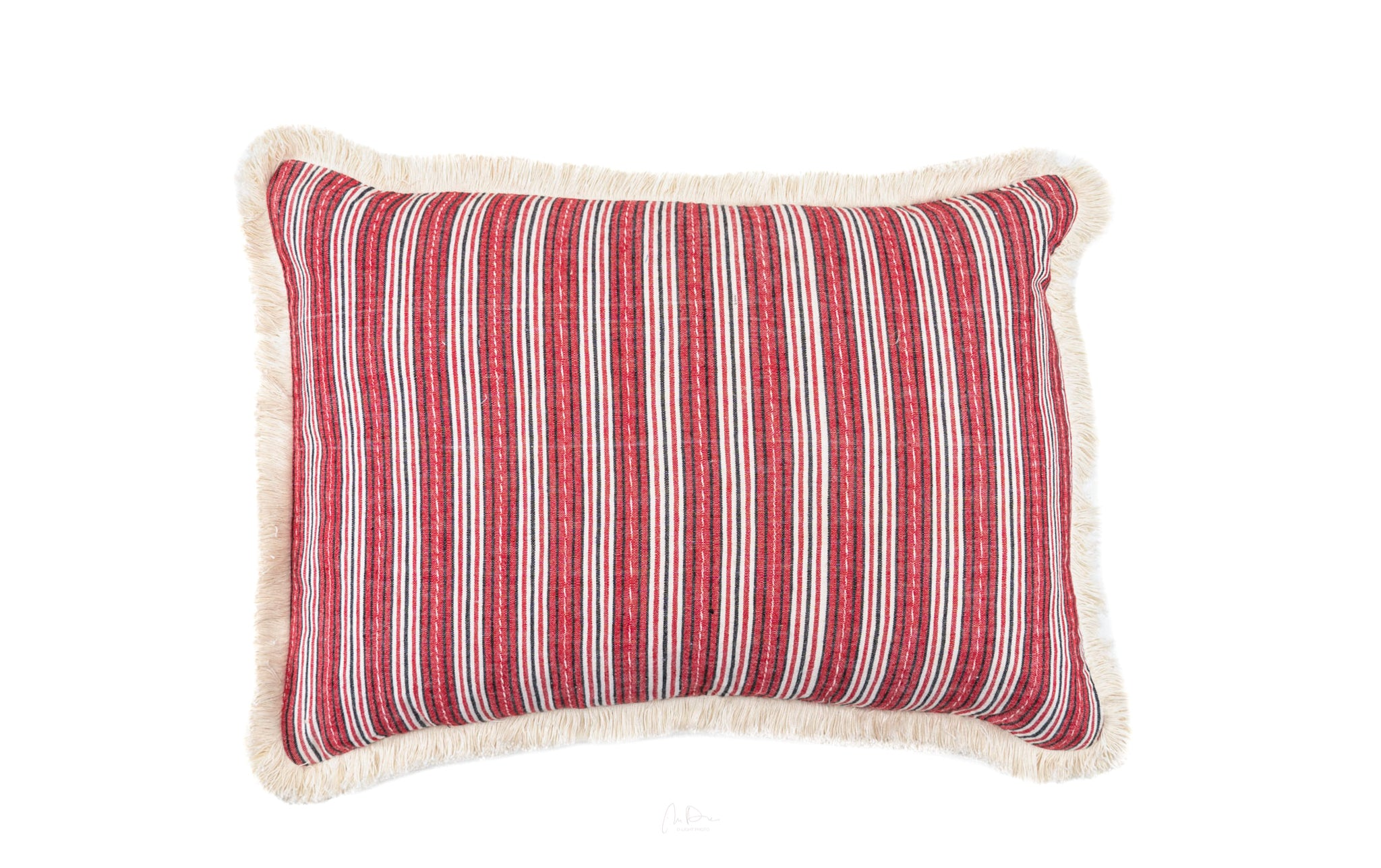 Pillow: Handwoven antique Hungarian hemp - P190