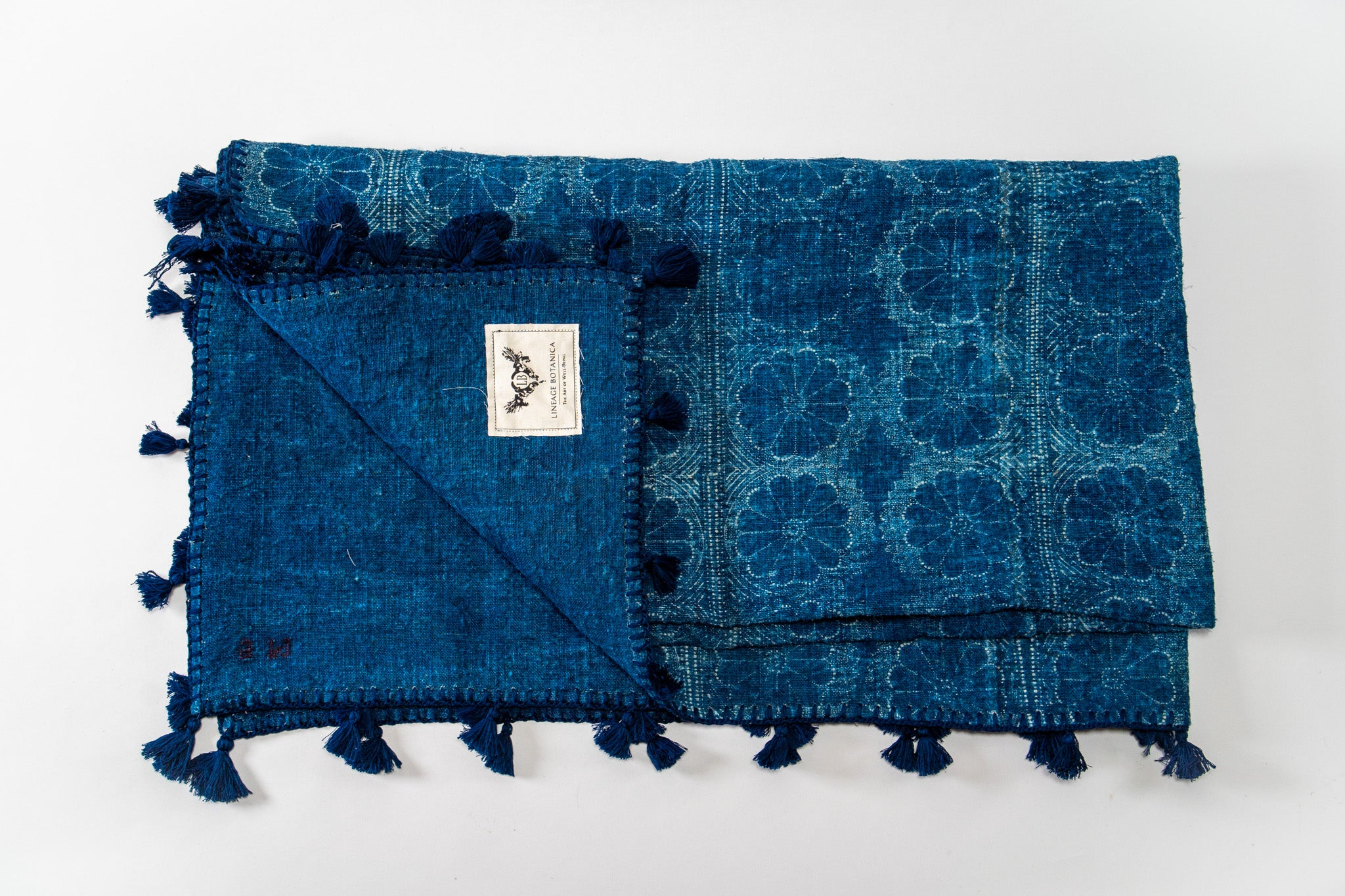 Throws: Handwoven antique Hungarian hemp with Indigo pattern - TH06