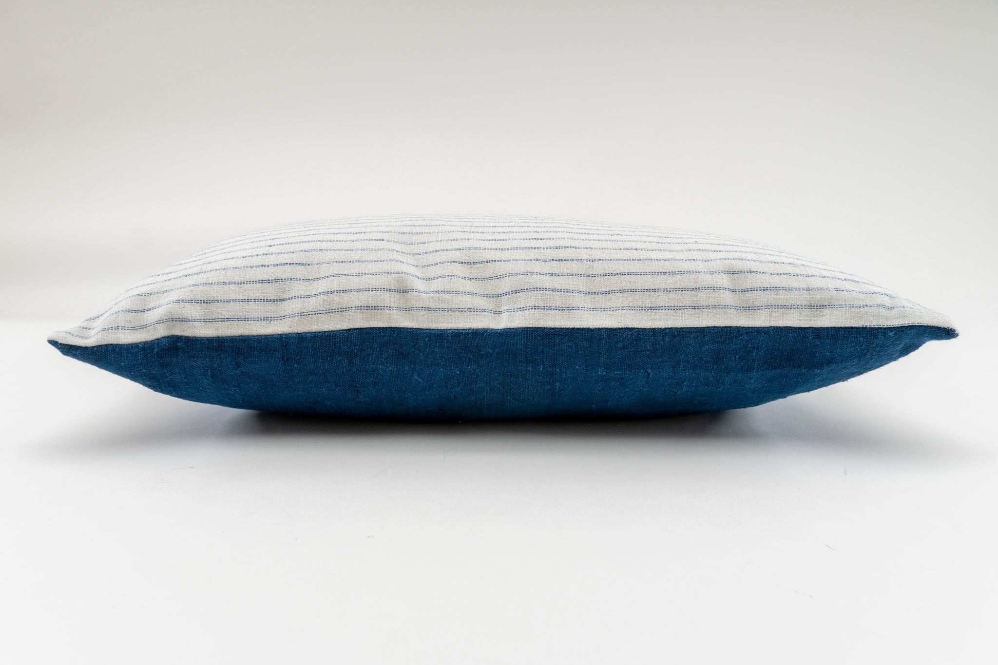 Pillow: Handwoven antique cotton and hemp - P263