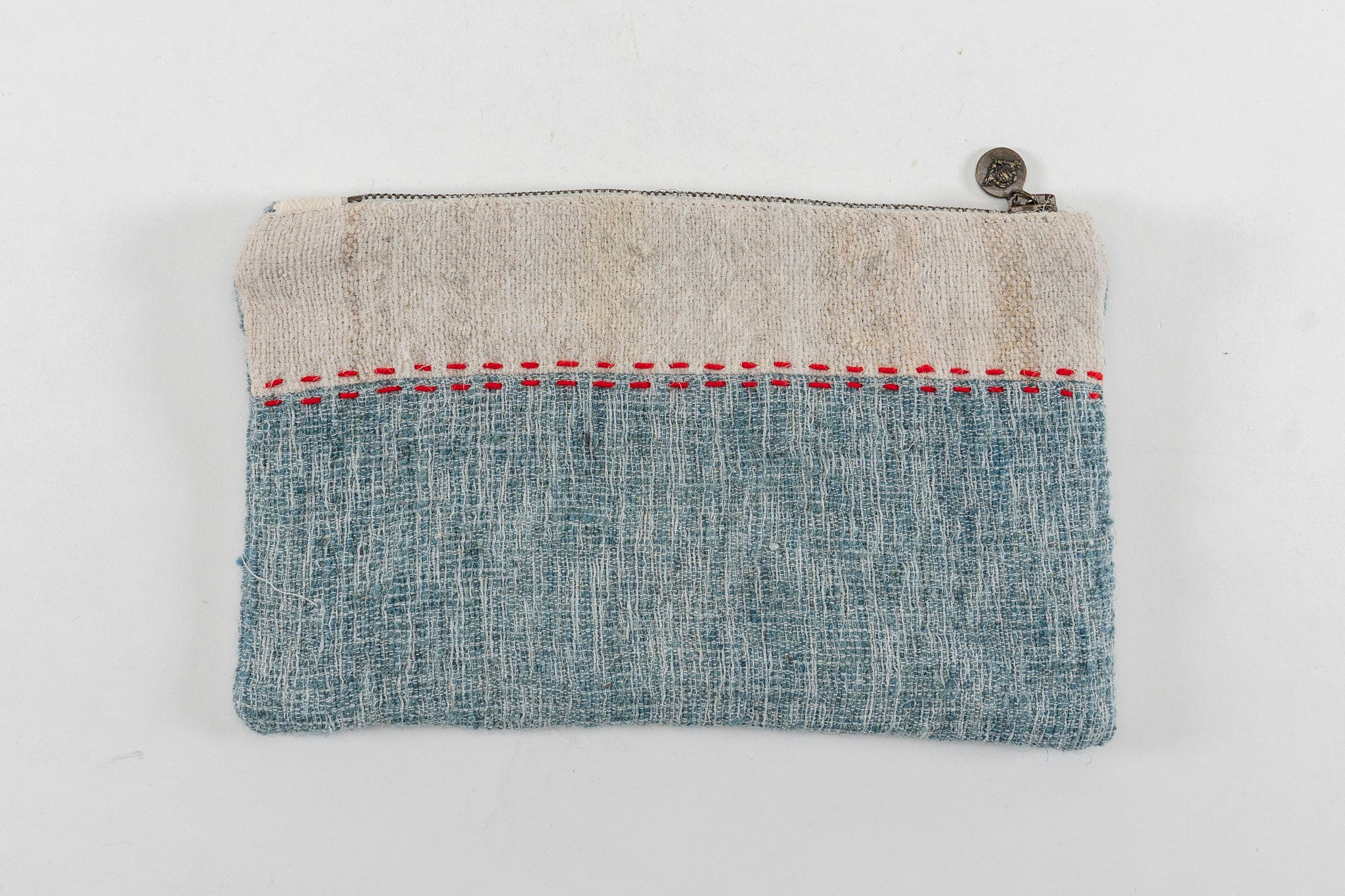 Bag: Handwoven wool, interior handwoven hemp lining