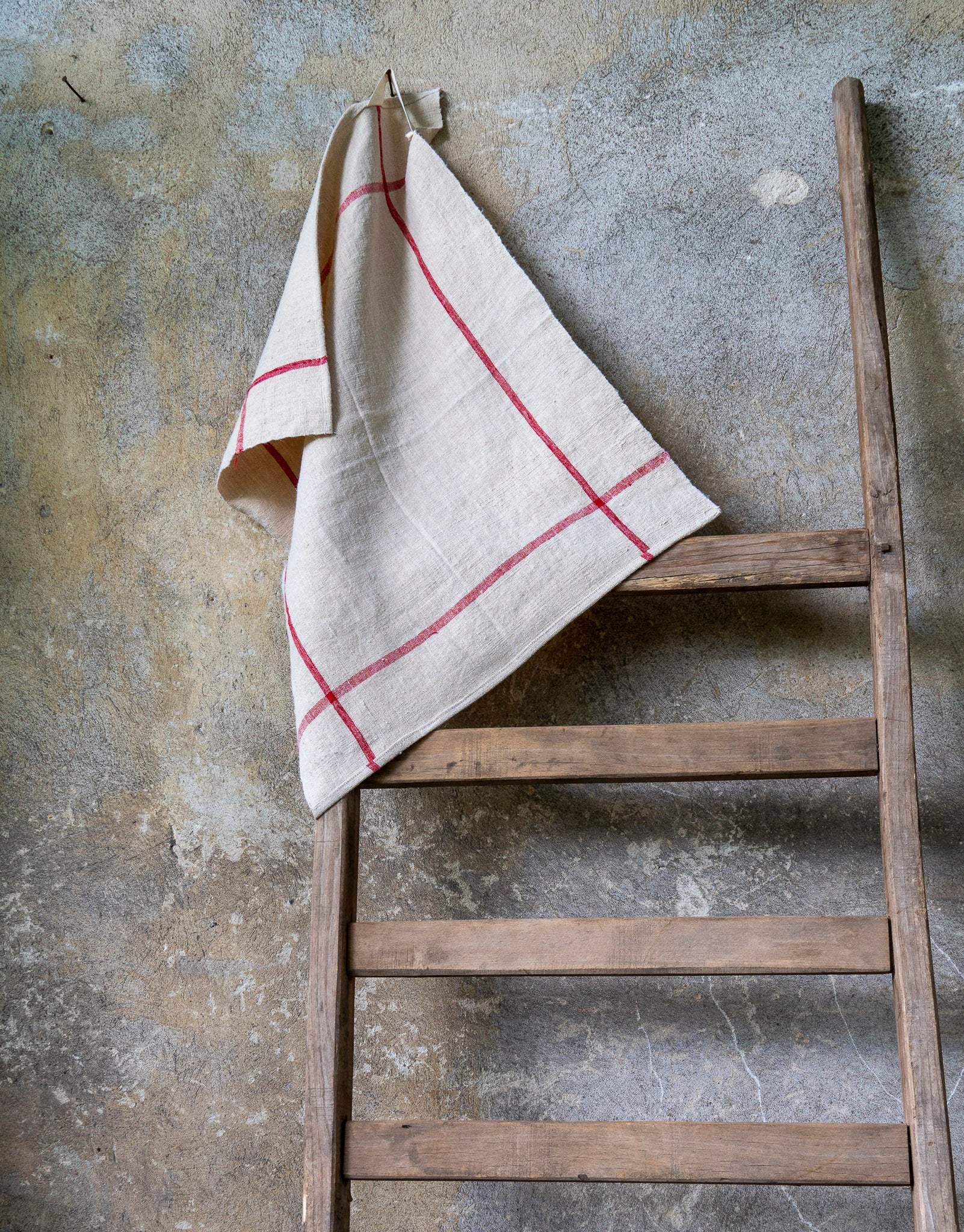Towel: Handwoven antique Hungarian hemp - T73