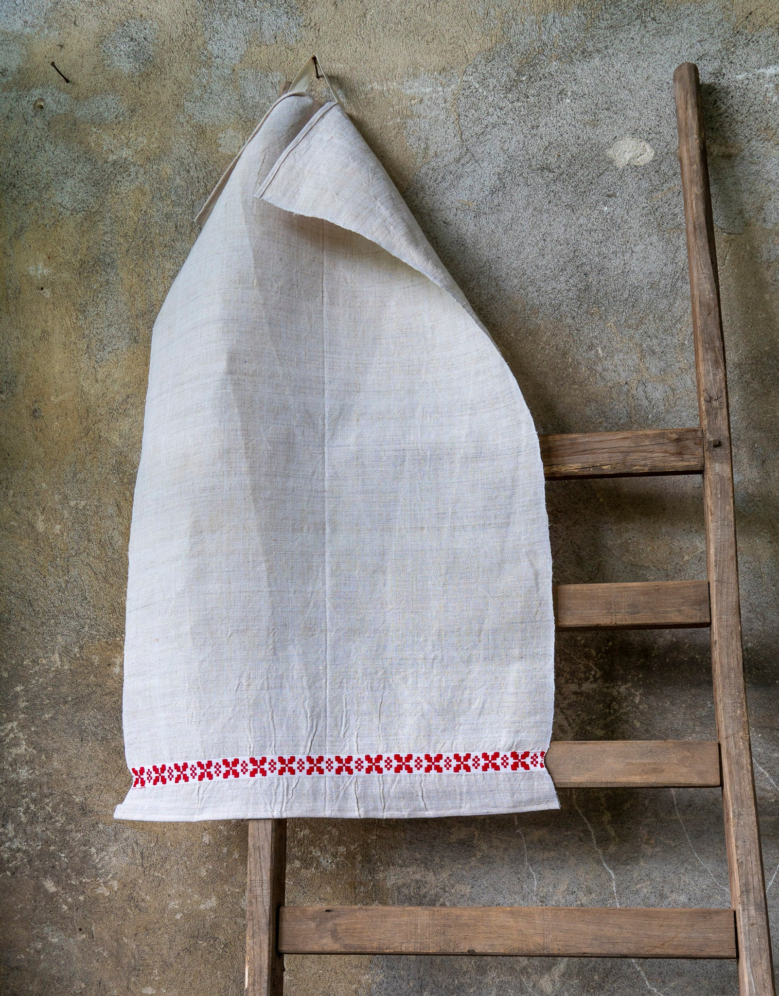 Towel: Handwoven antique Hungarian hemp