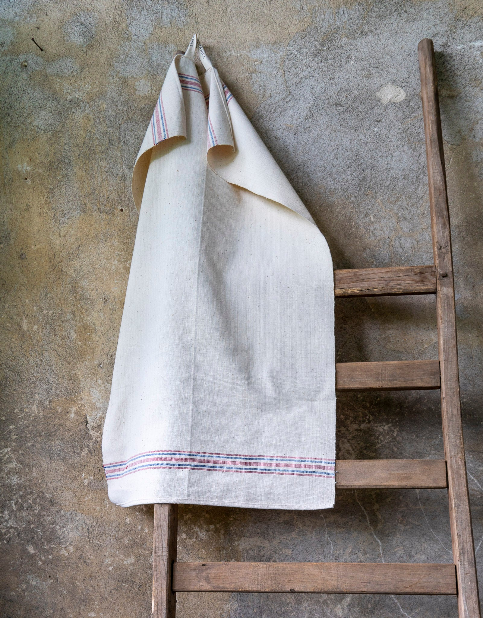 Towel: Handwoven antique Hungarian cotton - T65