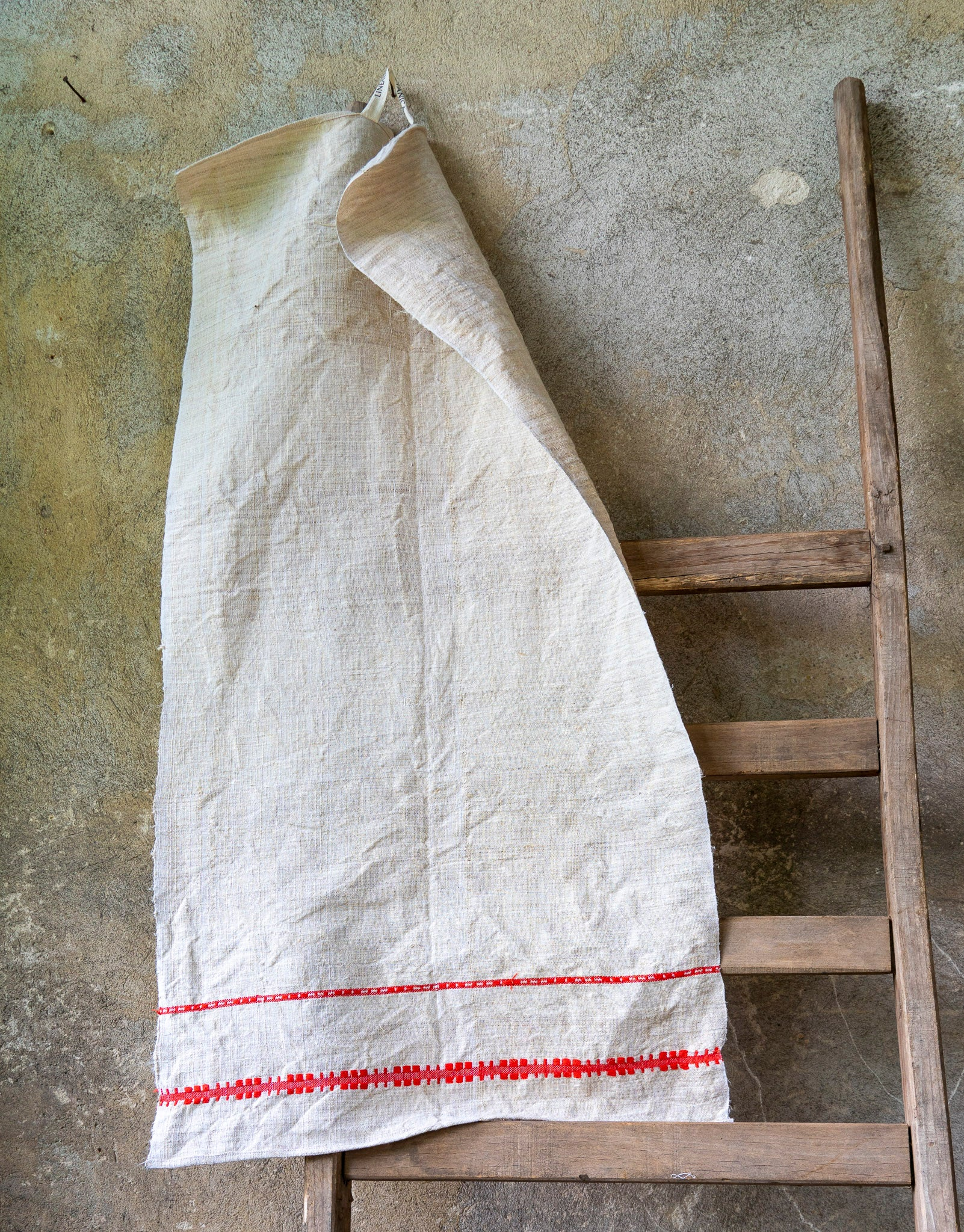 Towel: Handwoven antique Hungarian cotton and hemp - T53