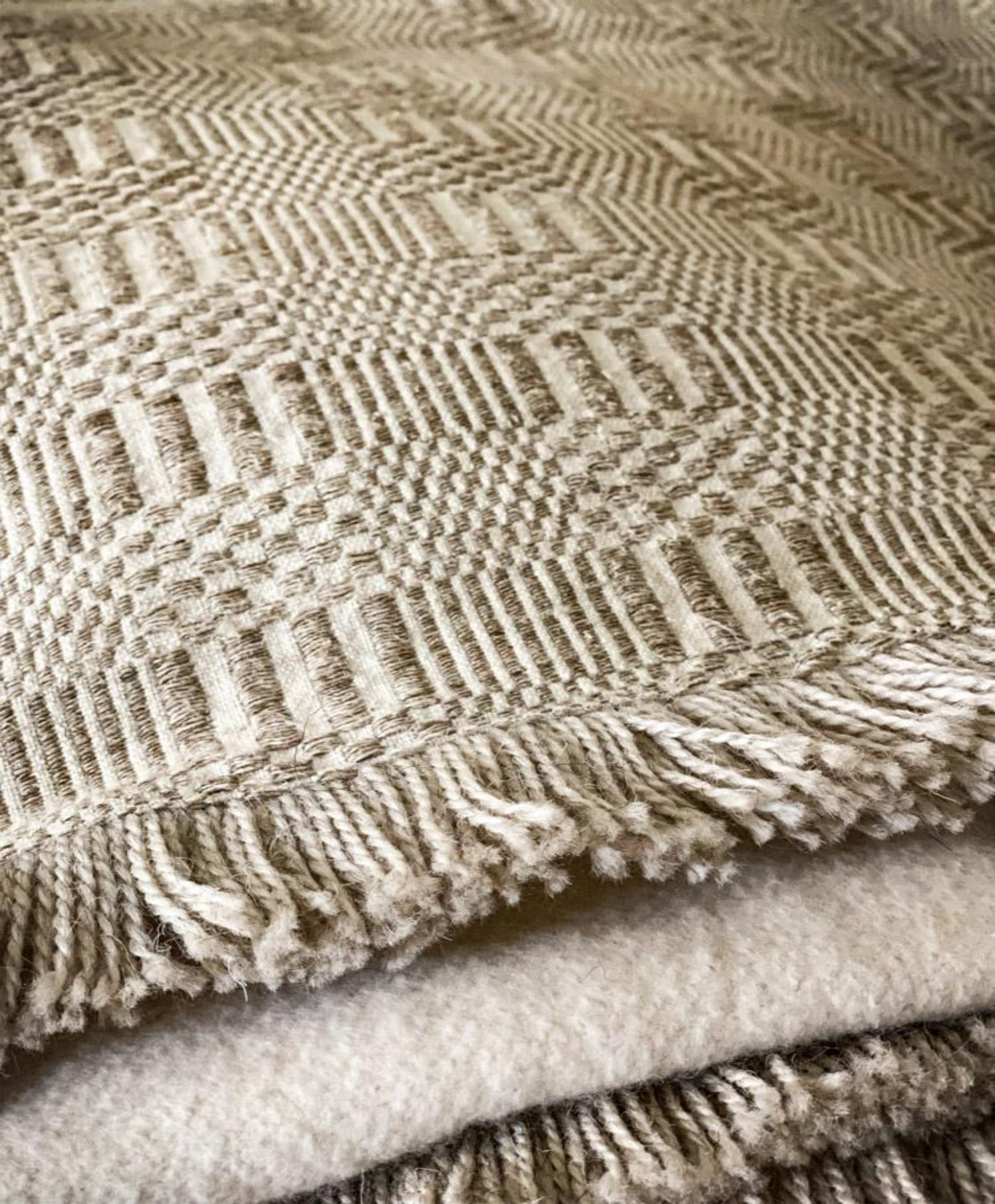 Throw: Antique Hungarian hemp with eco-cotton back - TH22