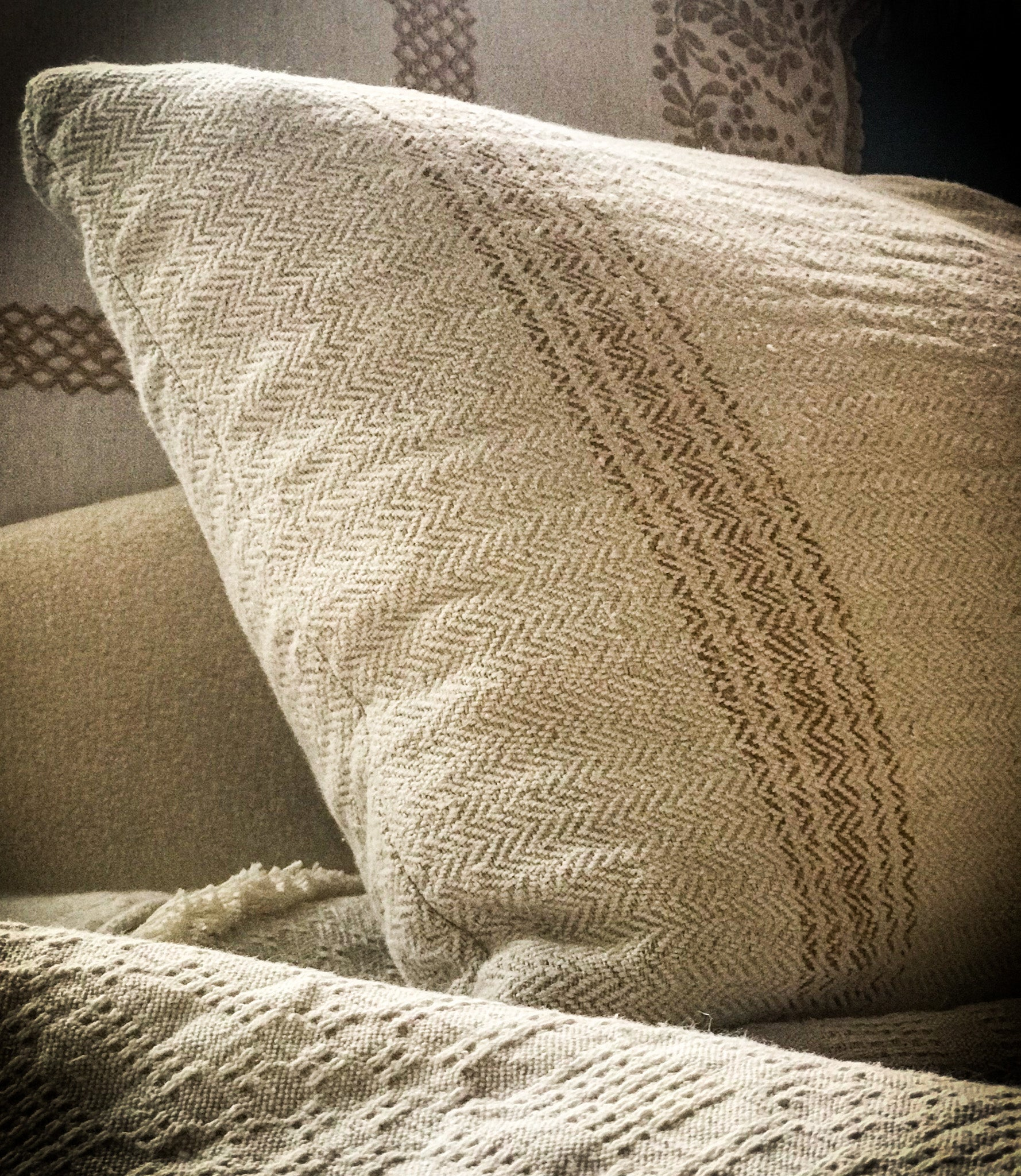 Pillow: Grain sack handwoven Hungarian hemp