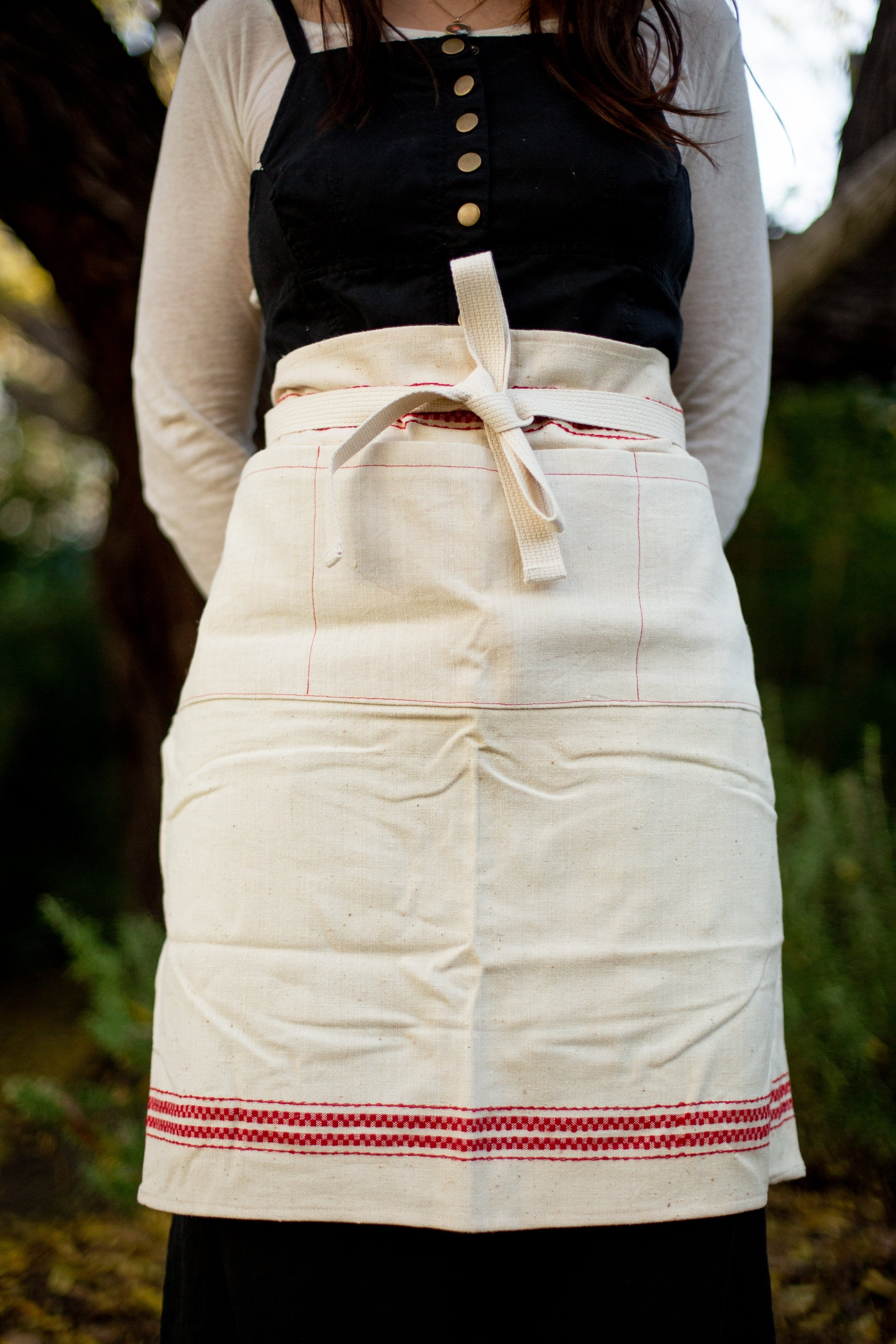 Apron: Cafe Style, vintage handwoven Hungarian hemp - A19