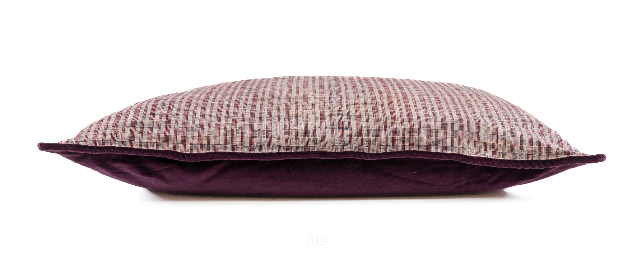 Pillow: Handwoven antique Bulgarian cotton - P241