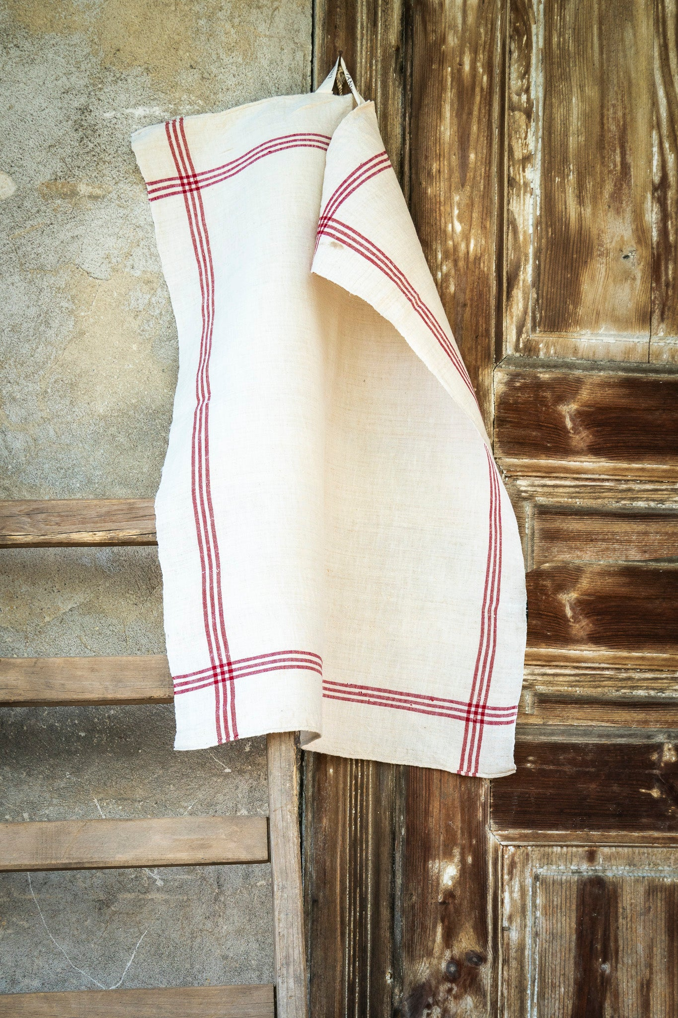 Towel: Handwoven antique Hungarian hemp - T16
