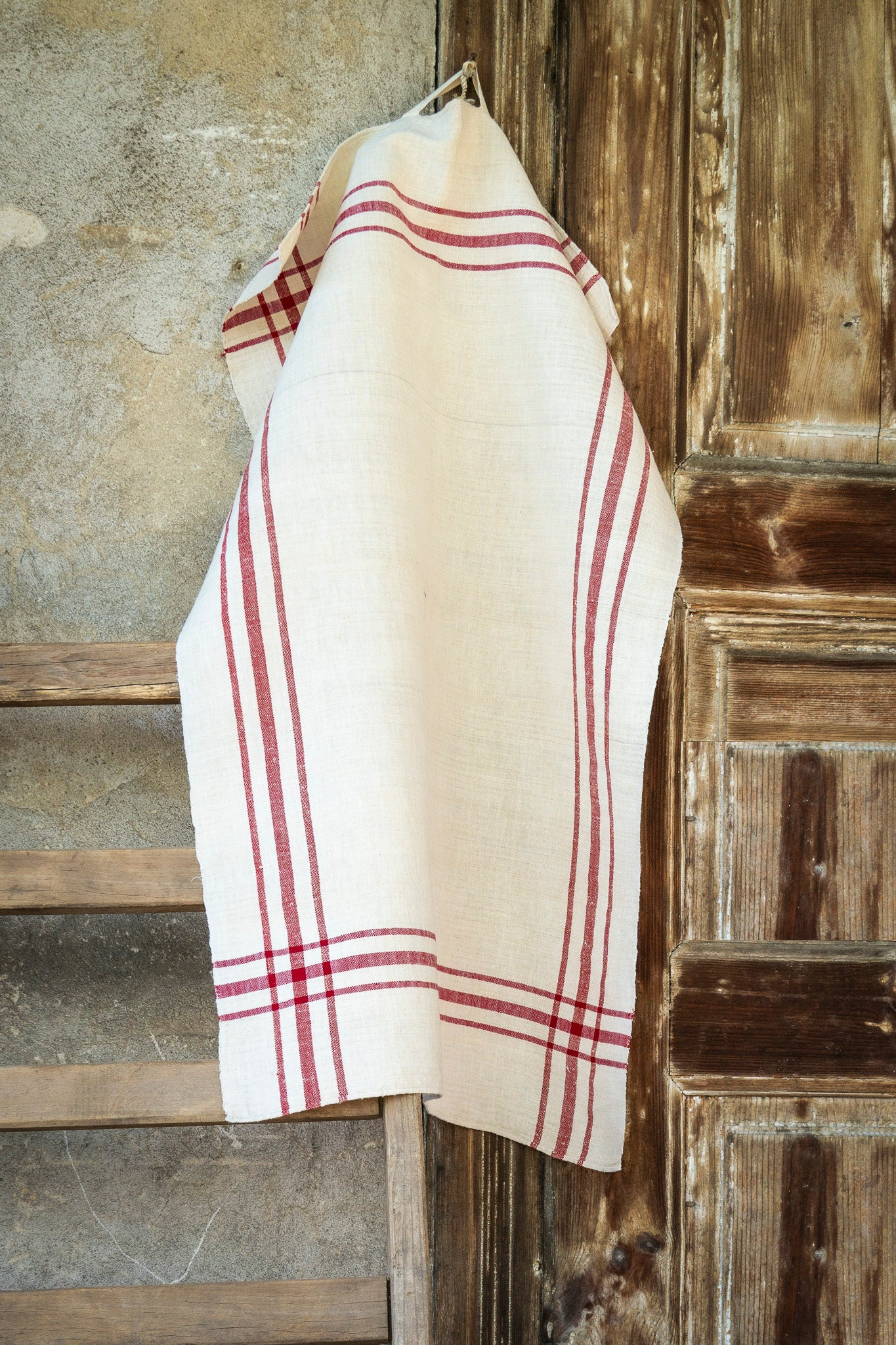 Towel: Handwoven antique Hungarian hemp - T31