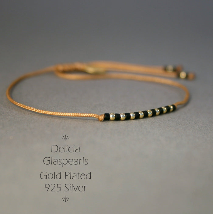 "Armband in Gold - Rotbraun ""Delica Fine Pearls"" Textilband + Schiebeknoten"