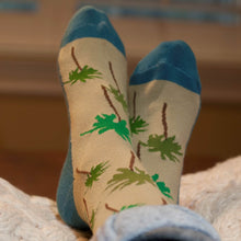 Load image into Gallery viewer, Palm Trees - Aamina's Socks
