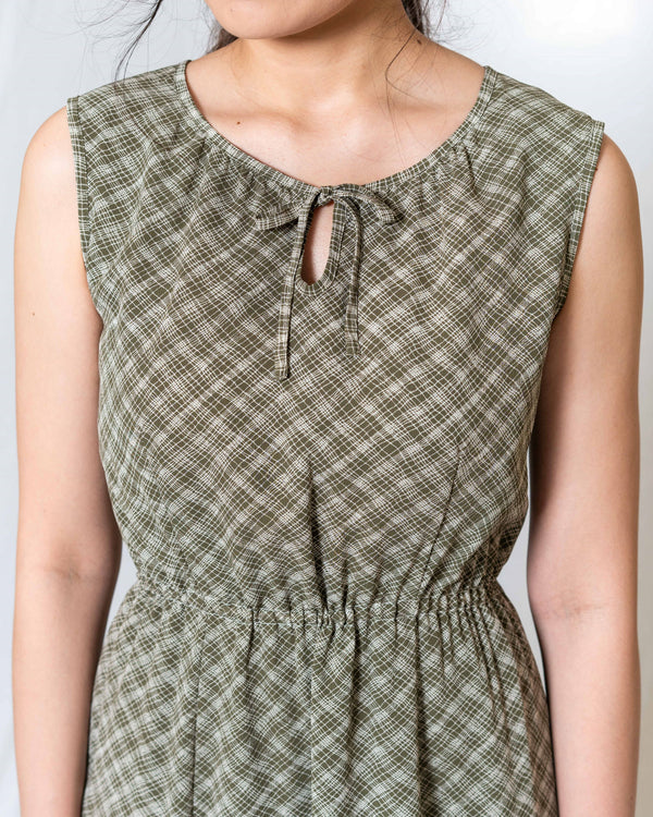 Green Picnic-Style Vintage Dress