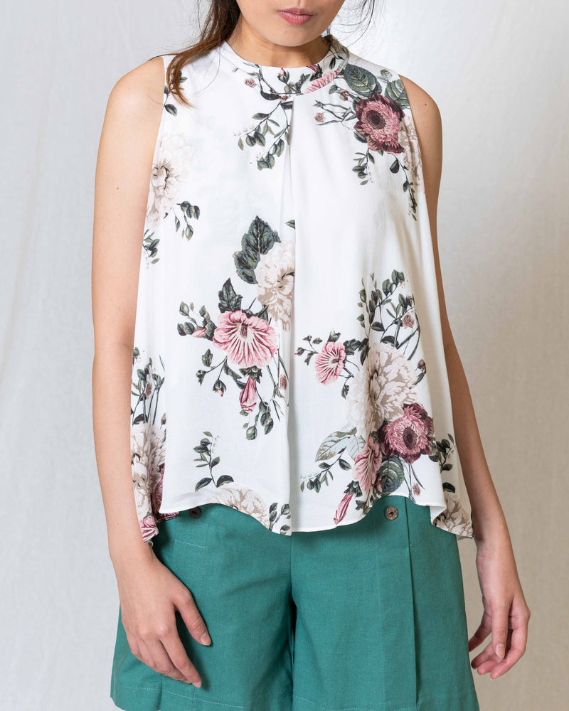 Stacie White Floral TOP