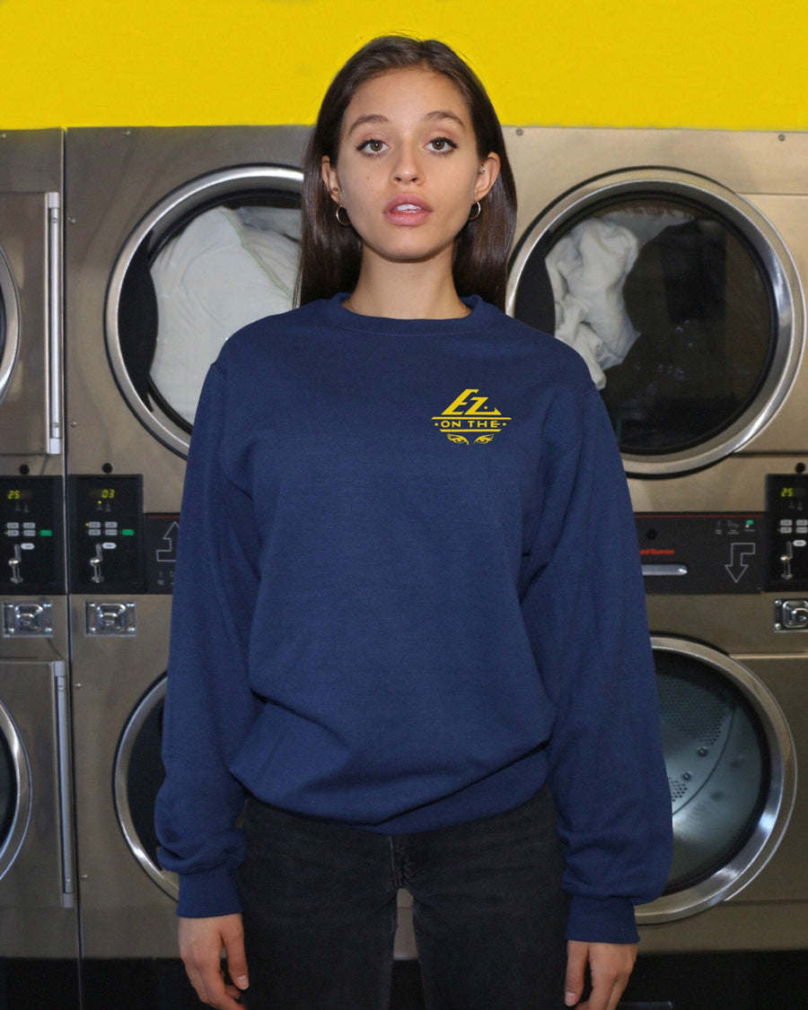 EZ on The Eyes Crewneck