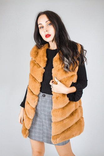 Faux Fur Gilet - camel - Martinali Fashion
