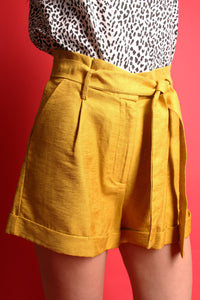 The Bailey Short - Sheen Soft Mustard - Martinali Fashion