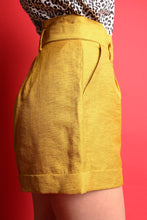 Load image into Gallery viewer, The Bailey Short - Sheen Soft Mustard - Martinali Fashion