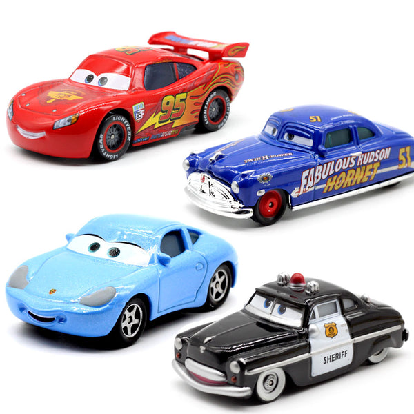 LIGHTNING McQUEEN High Quality Plastic Cartoon Cars Toys
