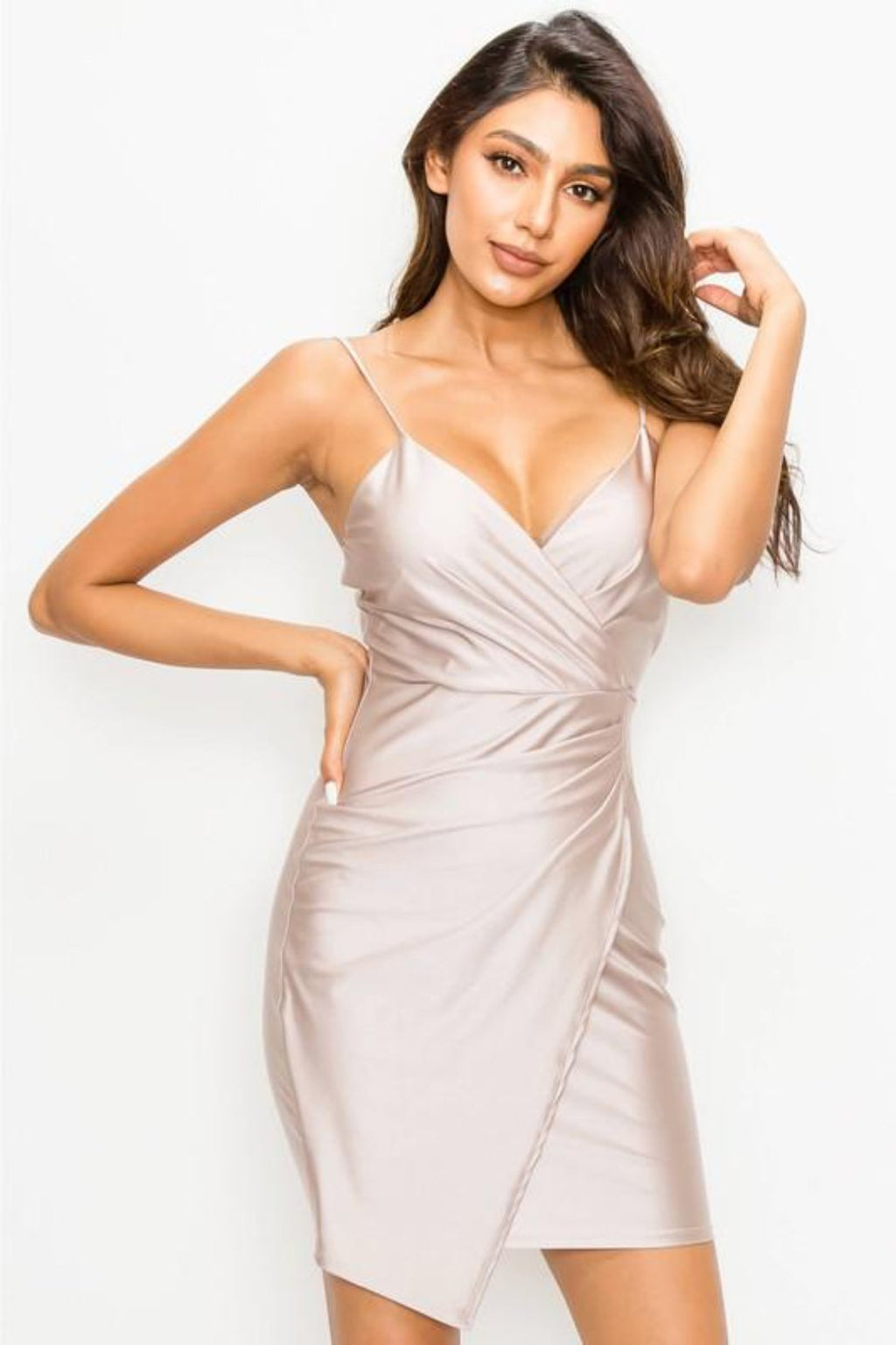 This EBU ED1464-3 fitted cocktail dress in champagne features a sweetheart neckline and a ruched wrap.