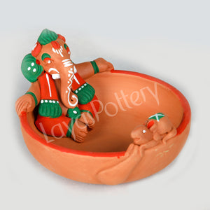 Clay Uruli Ganesha Orange Green