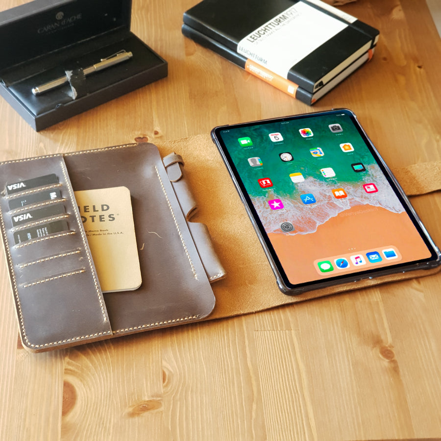 iPad Pro 11 Leather Portfolio