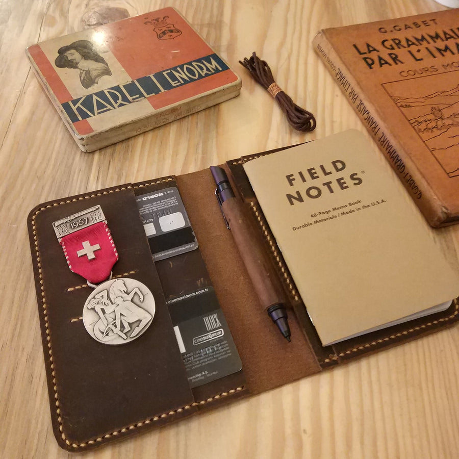 Personalized Leather Field Notes Cover - Vintage Leather Co