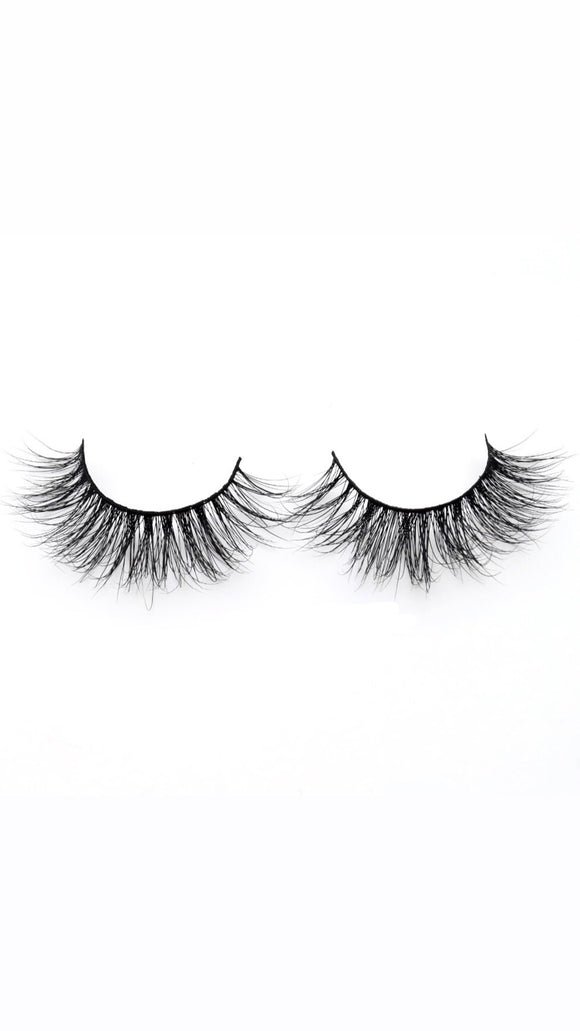 Samantha - Mink Eyelash - SAUCED
