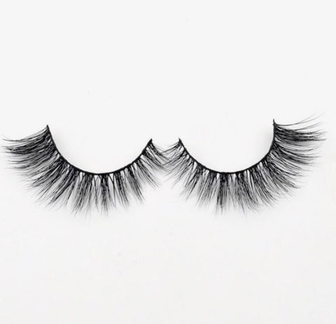 Yaya - Cruelty Free Lashes - SAUCED