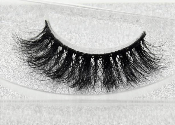 25 mm - 3D Mink Lashes - SAUCED