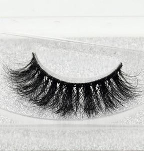 Hawaii 3D Mink Lashes - SAUCED