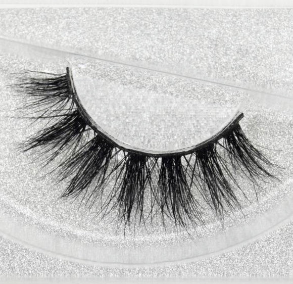 Hollywood 3D Mink Lashes - SAUCED