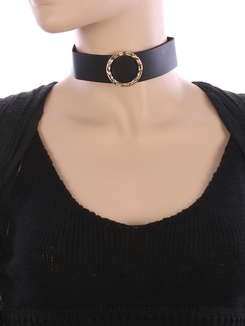 Necklace Hammered Metal Ring Faux Leather Choker Black