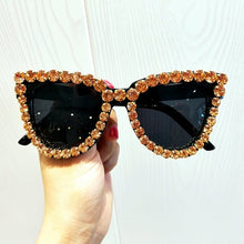 Load image into Gallery viewer, Black Crystal Sunglasses Women Cat eye Vintage sunglasses Luxury Sun glasses for Woman Oversize Fashion Shade Gafas UV400
