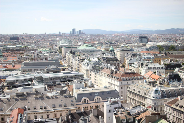 VIENNA IN ONE DAY - TRAVEL GUIDE