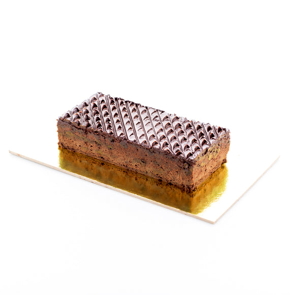 (CB07) CHOC. CHIP BROWNIE BAR CAKE (16cm by 7cm)