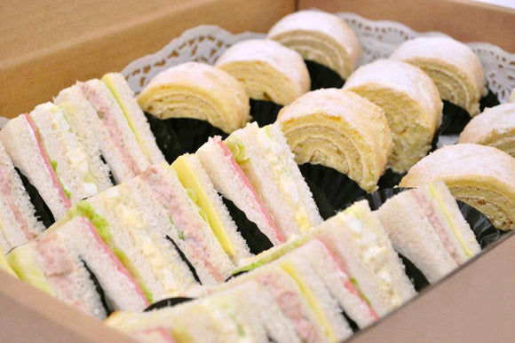 (SWC2) 12pc mini Club Sandwiches + 16pc mini Vanilla Swiss rolls