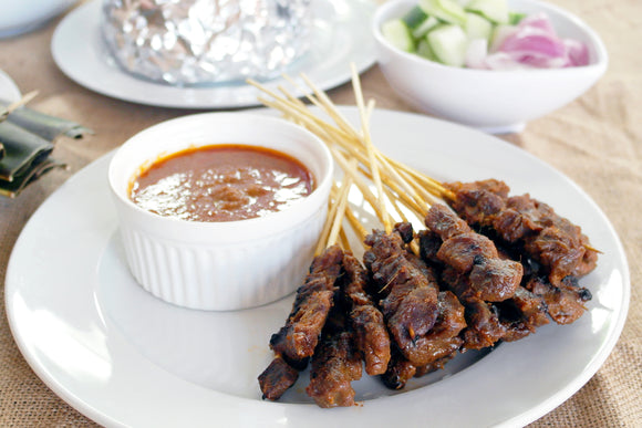 (SA18) 50 Sticks COOKED CHICKEN SATAY (WITH CONDIMENTS)